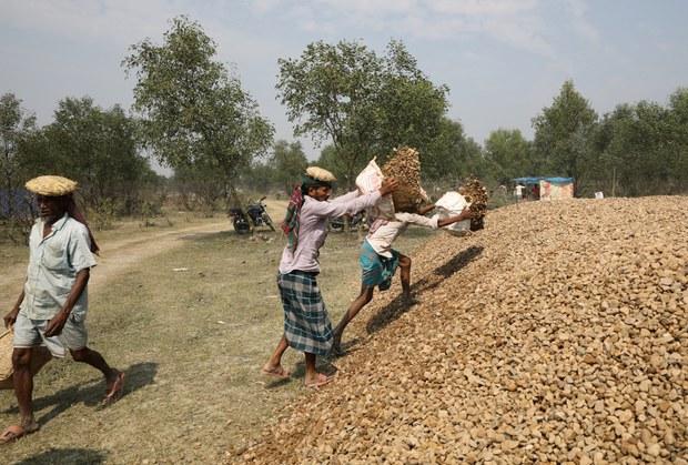 200226_rohingya_relocation_1000.JPG