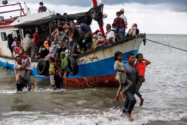 UN Appeals for Nations to Rescue Rohingya Trapped at Sea