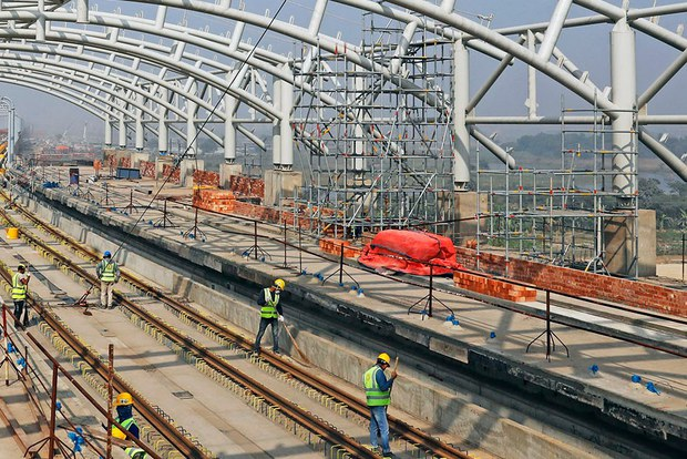 Bangladesh: Analysts Warn against Govt Using Foreign Cash Reserves for Infrastructure