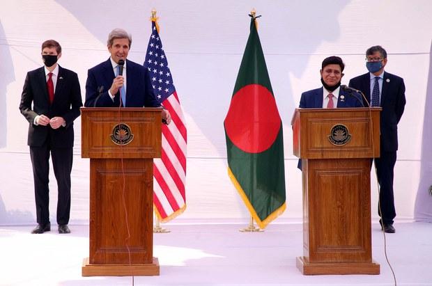US Special Envoy: Restoring Democracy in Myanmar Will Ease Bangladesh's Rohingya Burden