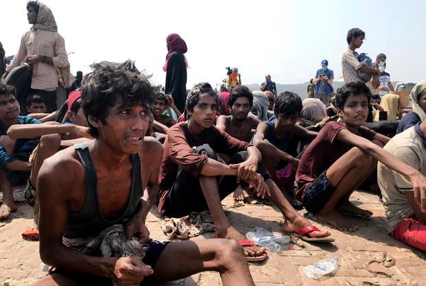 200416-BD-Rohingya-wire-620.jpg