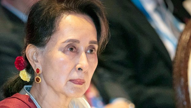 Myanmar's leader Aung San Suu Kyi participates in an ASEAN-United Nations summit in Nonthaburi, Thailand, Nov. 3, 2019. [AP]