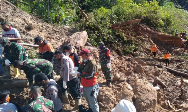 At Least 3 Killed in Landslide near Controversial Chinese-Backed Dam in Indonesia
