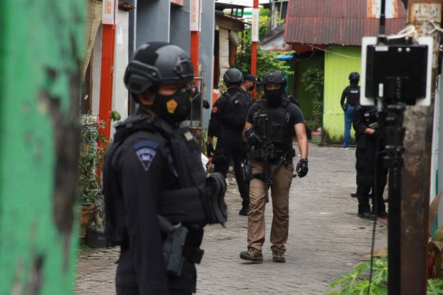 Indonesian Police Kill Suspect Linked to Church Suicide Bombing in Makassar