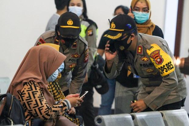 Crash Feared After Indonesian Jetliner Vanishes