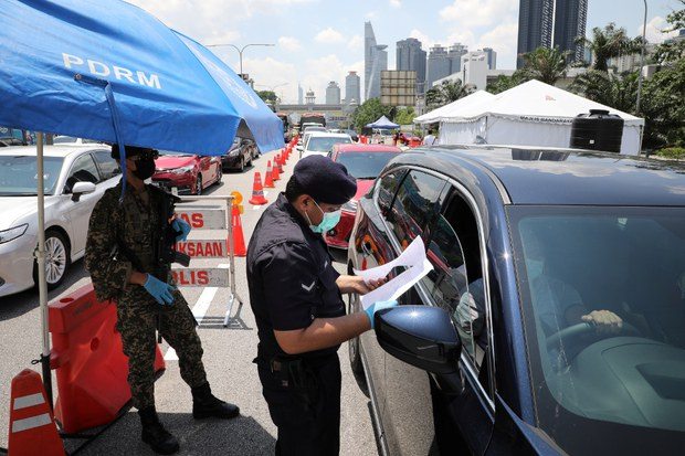 Malaysians Bewildered, in Limbo Over Status of Revoked Emergency Laws