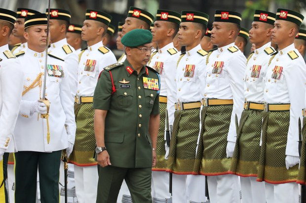 Malaysia's King Urges Politicians to Set Aside Differences Amid COVID-19 Surge