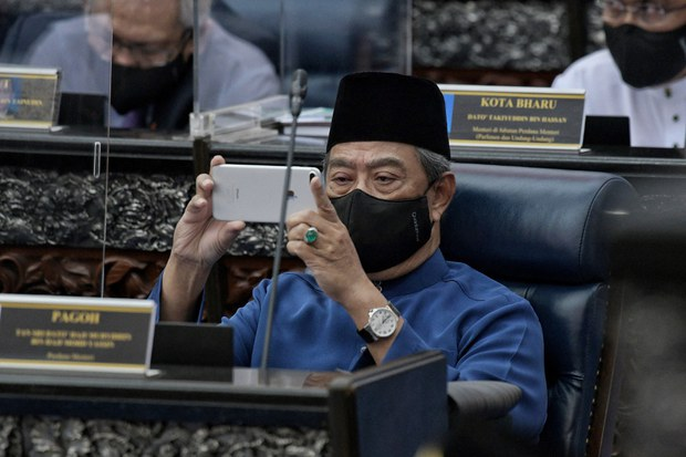 Malaysian Prime Minister Announces Plan for Parliament to Reconvene