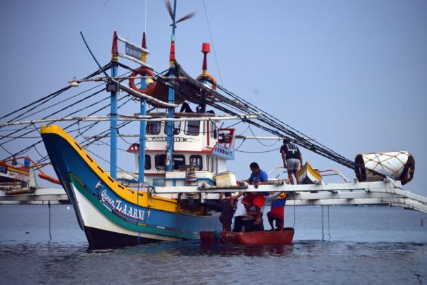 210604-PH-fishermen-bottom.jpg