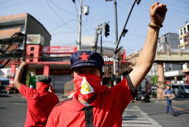 201005-PH-Communist-protest1000