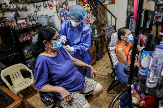 Southeast Asian Activists Criticize Rich Countries for Pre-ordering COVID-19 Vaccines in Excess