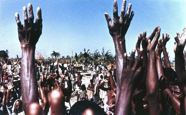 201113-cyclone-hands.jpg