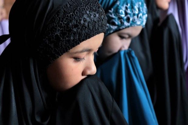 Muslims Mark Eid al-Fitr under COVID-19 Restrictions