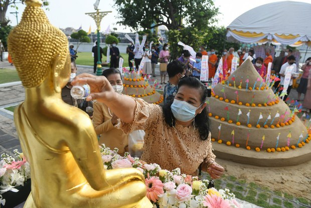Thailand Marks New Year without Traditional Water Festival